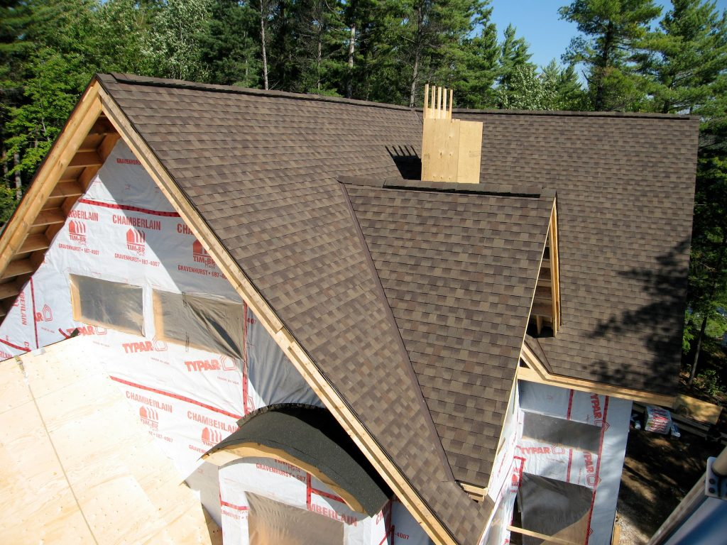 new build roofing with ridge vent
